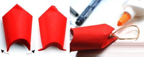 Dùng tay bóp nhẹ nửa trên lõi giấy