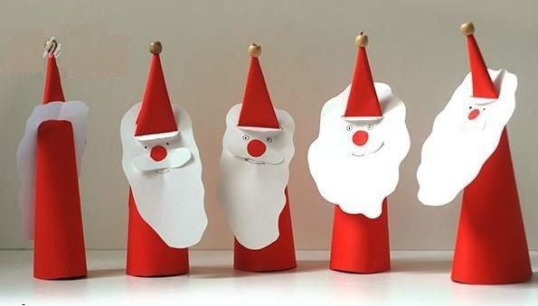 Vẽ thêm đôi mắt, miệng cho ông già Noel